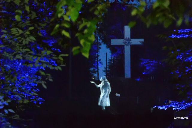 Une scène de Foresta lumina... (Archives La Tribune, Maxime Picard)