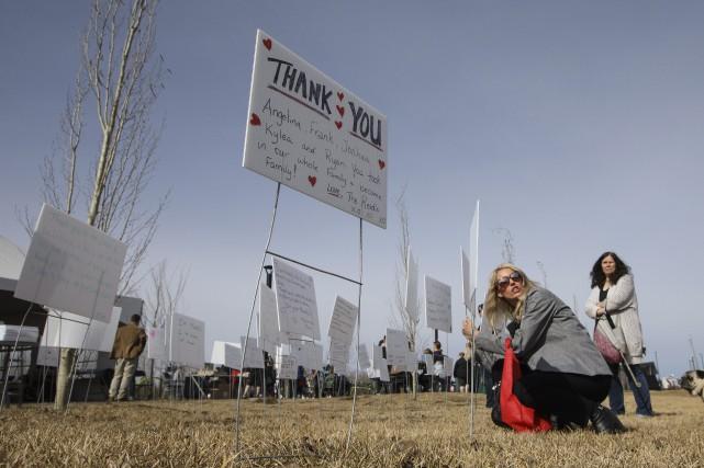 Des résidants de Fort McMurray ont profité des... (Photo Jason Franson, La Presse canadienne)