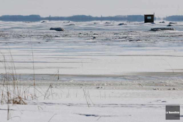 Les pourvoyeurs du lac Saint-Pierre sont maintenant confrontés... (Francois Gervais, Le Nouvelliste)