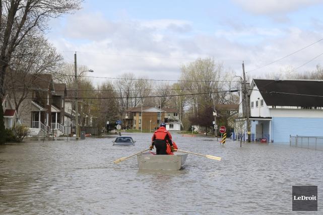 Mercredi après-midi, on dénombrait 145 personnes ayant évacué... (Patrick Woodbury, archives Le Droit)