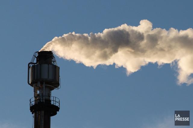 Les États-Unis poursuivront leurs efforts pour réduire les émissions de gaz à... (PHOTO MARTIN TREMBLAY, ARCHIVES LA PRESSE)