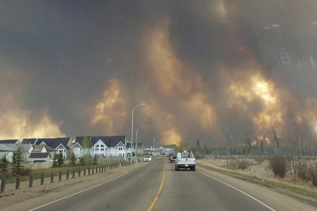 Lors des feux gigantesques de Fort McMurray, en mai 2016, le Centre canadien de... (Archives PC)