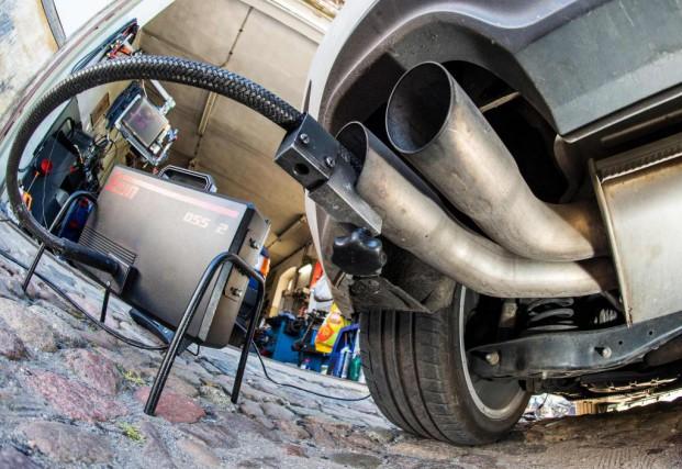 Des moteurs diesels truqués ont permis à Volkswagen... (PHOTO PATRICK PLEUL, ARCHIVES AGENCE FRANCE-PRESSE)