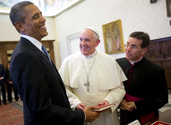 Le pape François avait reçu le prédecesseur de... (AP, Pablo Martinez Monsivais)