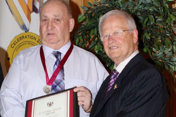 En février 2010, Jean-Charles Lavictoire (à gauche), des... (Archives, Le Droit)