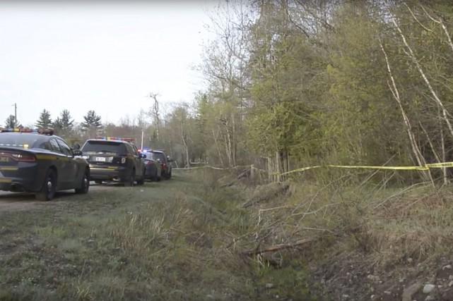 L'aéronef s'est écrasé dans une zone boisée de... (image tirée de YouTube, Watertown Daily Times)