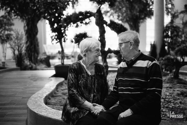 Marie-Jeanne et Jean se sont rencontrés dans une... (Photo Martin Chamberland, La Presse)