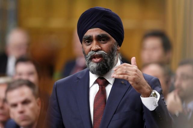 Le ministre canadien de la défense, Harjit Sajjan,déplorait... (Tphoto Fred Chartrand, La Presse canadienne)