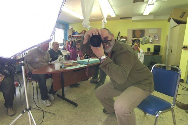 Alain Corneau, photographe et réalisateur de la websérie... (Courtoisie, Télé-Québec Saguenay-Lac-Saint-Jean)