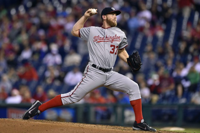 Stephen Strasburg... (photo Derik Hamilton, AP)