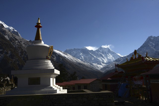 Le mont Everest a fait de nombreuses victimes... (Photo PRAKASH MATHEMA, archives Agence France-Presse)