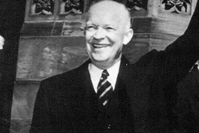 Dwight D. Eisenhower, 34e président des États-Unis... (Archives La Presse canadienne)