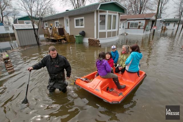 Des citoyens du nord-ouest de Montréal se sont réveillés avec une bien mauvaise... (La Presse, David Boily)