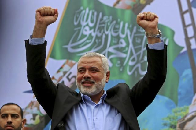 Ismail Haniyeh, le nouveau chef du Hamas, en... (Archives AP, Adel Hana)