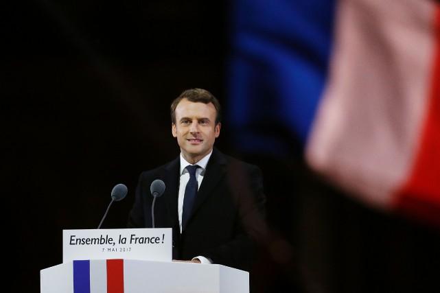 Emmanuel Macron s'est adressé à des milliers de... (PHOTO AFP)