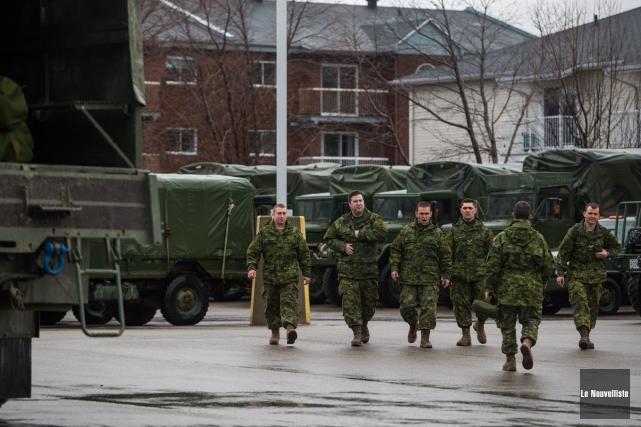 Un total de 70 militaires de Valcartier sont... (Olivier Croteau, Le Nouvelliste)