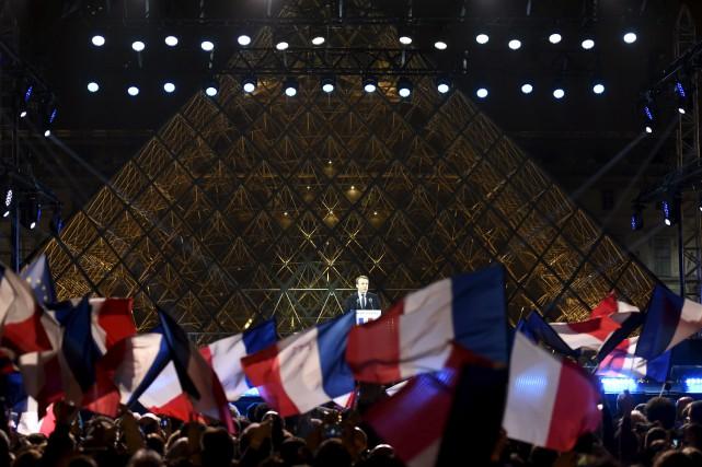 Le nouveau président de la France, Emmanuel Macron... (AFP, Eric Feferberg)