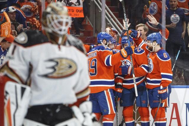 Les Ducks devront faire face à leurs démons... (Photo Presse canadienne)