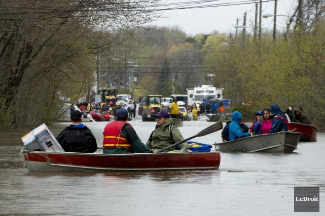 À Gatineau, en Outaouais, 411résidences ont été évacuées... (Le Droit)
