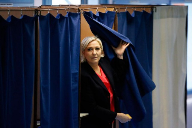 Marine LePen et le Front national n'ont pas... (PHOTO AP)
