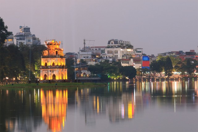 Le lac Hoan Kiem.... (PHOTO THINKSTOCK)