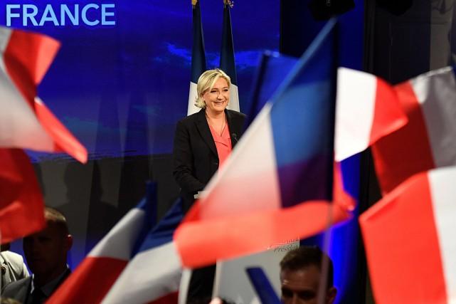 La chef du Front National, Marine Le Pen,... (Photo Bertrand GUAY, AGENCE FRANCE-PRESSE)