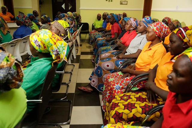 Les 82écolières de Chibokont été libérées dans un... (PHOTO Sunday Alamba, ASSOCIATED PRESS)