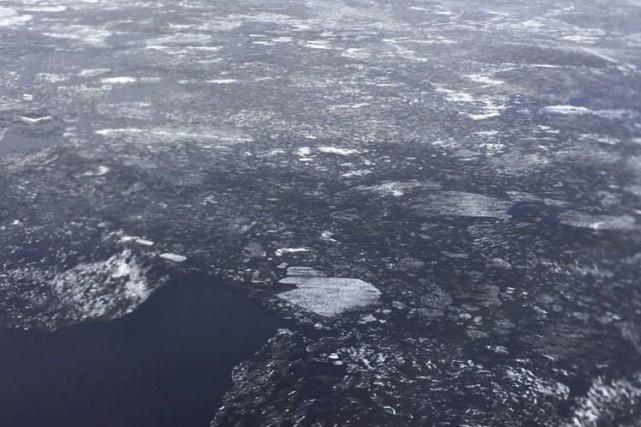 Le lac Saint-Jean n'est toujours pas libéré de... (Photo courtoisie)
