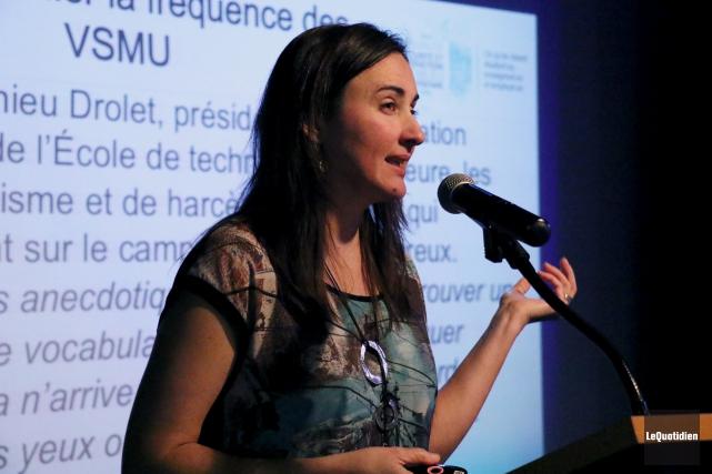 La chercheuse Jacinthe Dion, de l'UQAC, présentait hier... (Archives Le Quotidien, Yohann Gasse)
