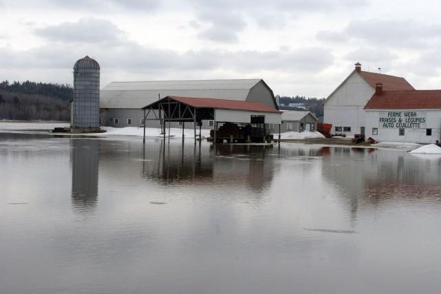 Situé dans une zone propice aux inondations, la... (Archives, La Tribune)