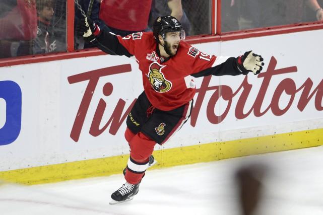 Le Gatinois Derick Brassard a marqué un but... (La Presse canadienne)