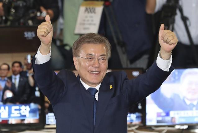 Moon Jae-Infera face à plusieurs défis dans le... (AP, Lee Jin-man)