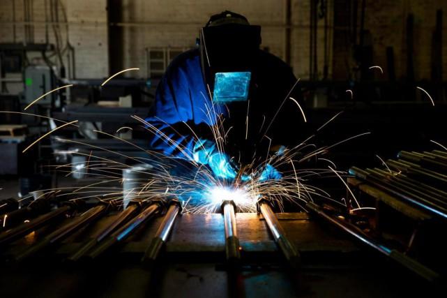 Au Québec, les propriétaires de PME désirant céder... (Photo Matt Rourke, Archives Associated Press)