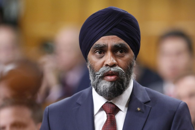 Le ministre de la Défense, Harjit Sajjan... (PHOTO ARCHIVES LA PRESSE CANADIENNE)