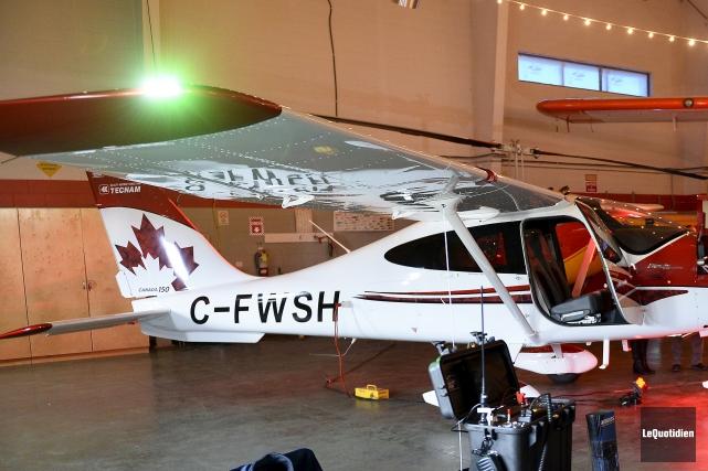 CHRONIQUE /Premier à recevoir les hommages de la communauté aéronautique de la... (Photo Le Quotidien, Jeannot Lévesque)