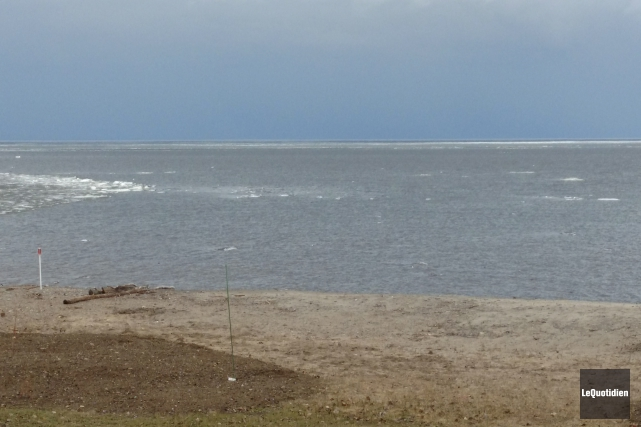 Le niveau du lac Saint-Jean poursuit sa remontée... (Photo Le Quotidien)