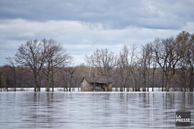 «Le nouveau climat rendra plus probables les inondations... (Photo Patrick Sanfaçon, archives La Presse)