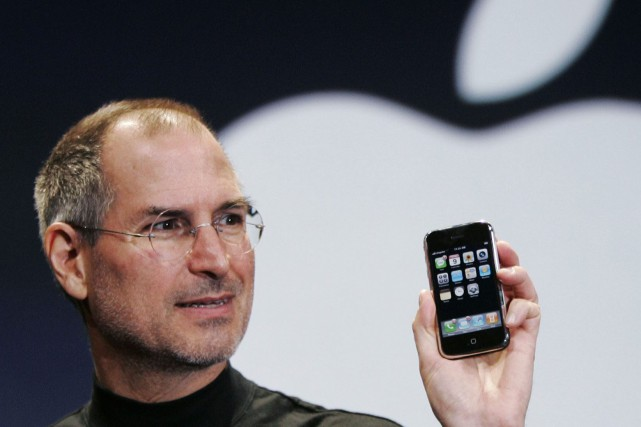 Steve Jobs en janvier 2007... (ARCHIVES AP)