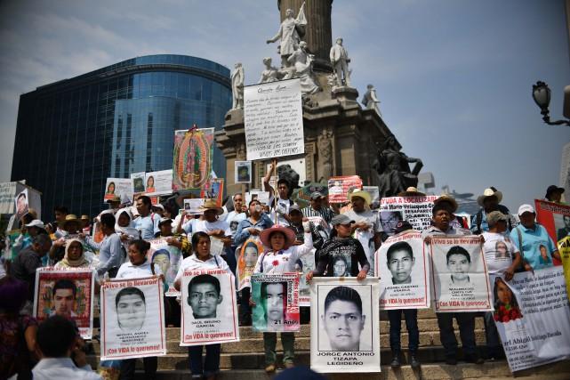 Selon des chiffres officiels, plus de 177 000... (PHOTO YURI CORTEZ, AFP)