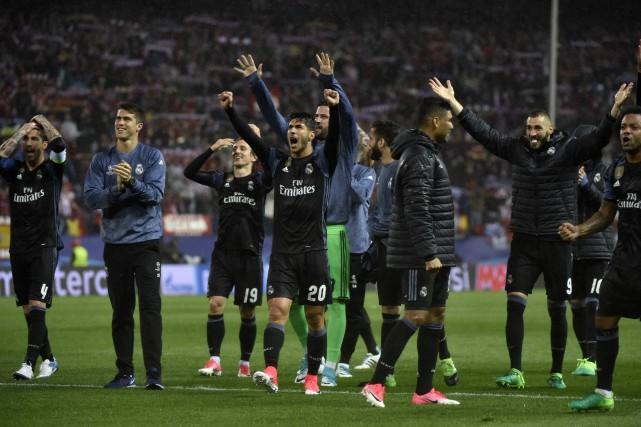 Le Real Madrid tentera de devenir la première... (PHOTO GERARD JULIEN, AFP)