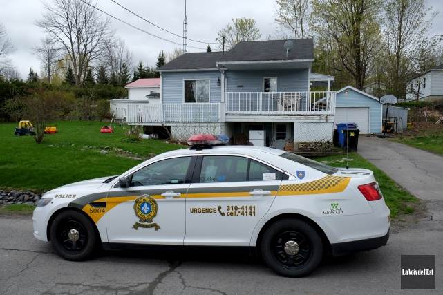 La Sûreté du Québec dans Brome-Missisquoi a procédé... (Alain Dion, La Voix de l'Est)
