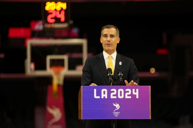 Le maire de Los Angeles, Eric Garcetti.... (Photo Mike Blake, REUTERS)