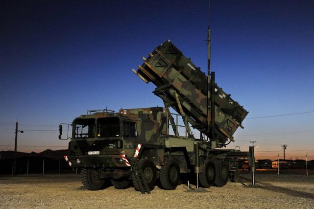 Unebatterie de missiles sol-air Patriot installée près de... (ARCHIVES AP)