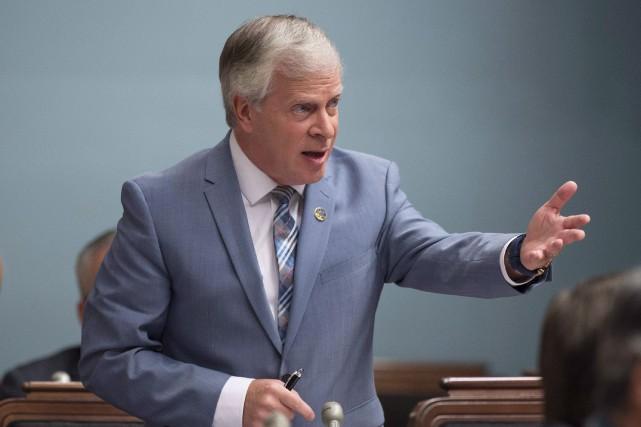 En conférence de presse, lundi, le député François... (Archives La Presse canadienne, Jacques Boissinot)