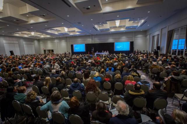 Près de 900 personnes se sont présentées à... (PHOTO OLIVIER JEAN, LA PRESSE)