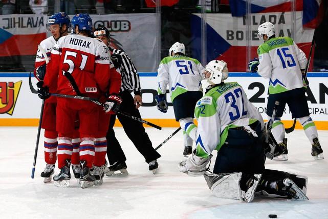 Les Tchèques ont vaincu la Slovénie 5-1.... (Photo Grigory Dukor, REUTERS)