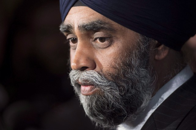 Le ministre canadien de la Défense, Harjit S.... (PHOTO ARCHIVES LA PRESSE CANADIENNE)