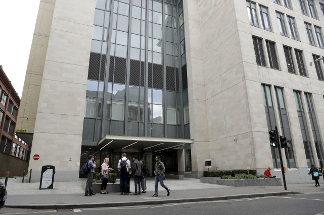 L'hôpital St. Bartholomew de Londres est l'un des... (AP, Matt Dunham)