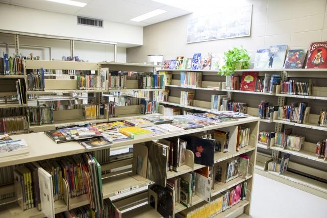 Ce n'est pas tout d'avoir des bibliothèques dans... (Le Soleil)