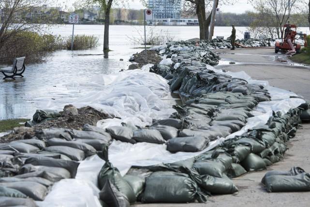 Sur la photo, la rivière des Prairiesà Pierrefonds,... (Photo Paul Chiasson, La Presse canadienne)